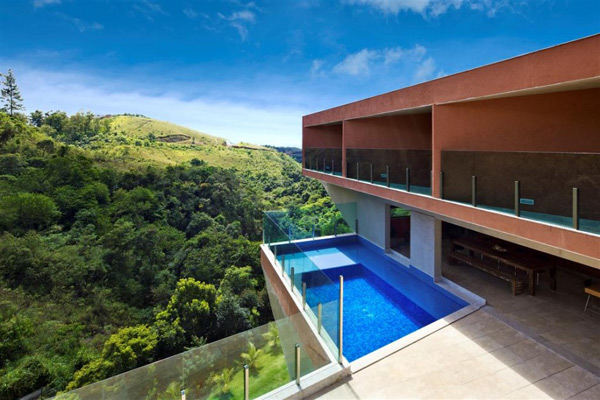 cantilever house design brazil 3 Cantilever House Design by Brazil Architecture Firm
