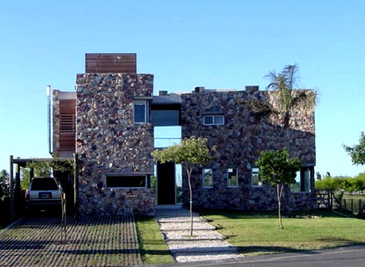 casa nordelta 1 Stone Walled in Style at Argentina's Casa Nordelta
