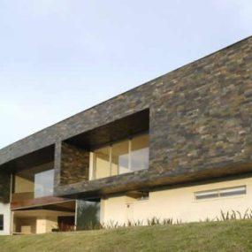 Modern Columbian Casa by Jaime Rendon Arquitectos