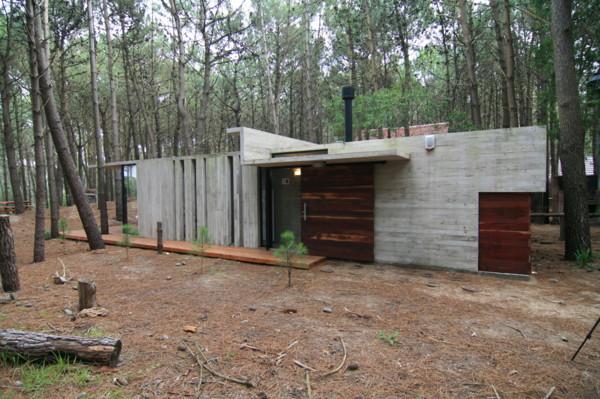 casa xs 1 Vacation House Design   rustic concrete cottage built for minimal maintenance