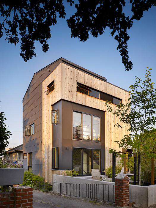 chadbourne doss waterfront house designs 1 Waterfront House Designs by Modern Seattle Architect