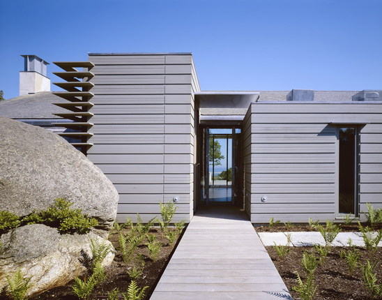 chilmark house 1 Modern Cottage in Martha's Vineyard – pool + lake + ocean