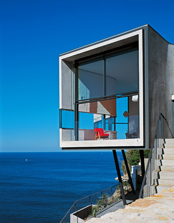 cliff-house-architecture-inspired-by-picasso-2.jpg