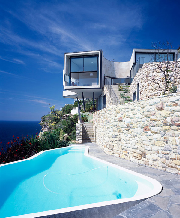 cliff-house-architecture-inspired-by-picasso-5.jpg