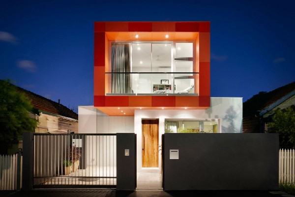 colorful contemporary houses 1 Colorful Contemporary Houses: Fiery Orange Makes an Impression