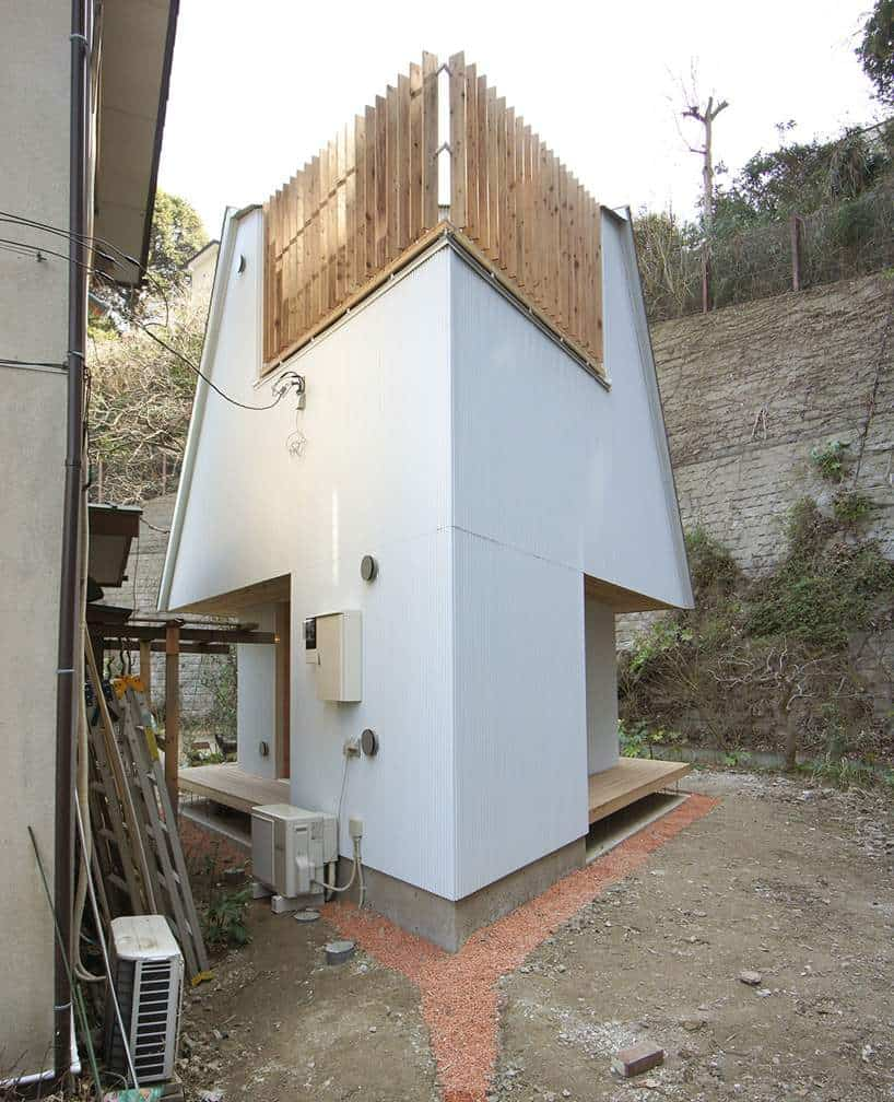 Compact House Design Compact Diamondshaped House Planyuji Tanabe