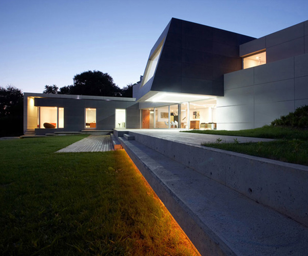 concrete house 11 Modern Contemporary Architecture in Spain   concrete, glass and wood