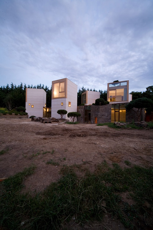 concrete tower house minimalist living 1 Concrete Tower House: Minimalist Living, Warm Aesthetic