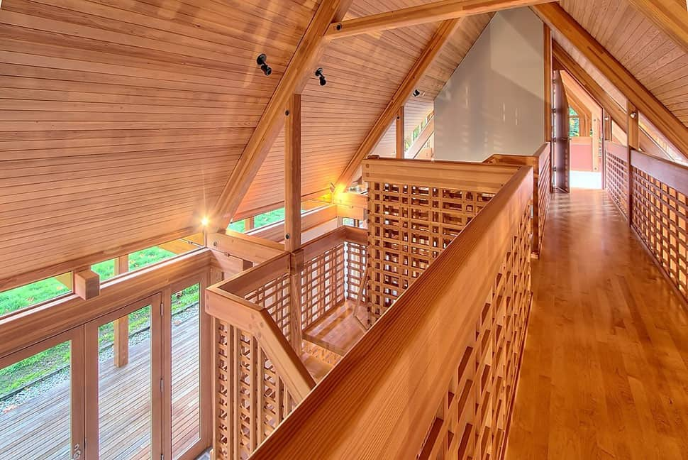 contemporary cabin chic mountain home of glass and wood 12