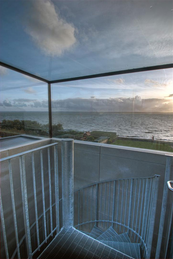 contemporary-coastal-architecture-lighthouse-6.jpg
