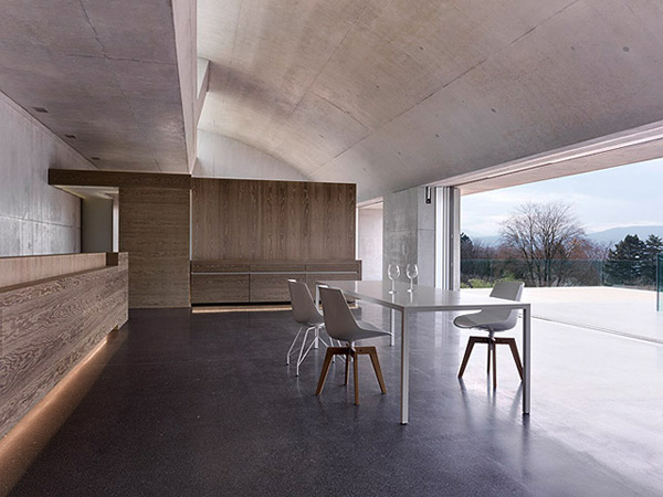 contemporary concrete house two verandas no windows 4
