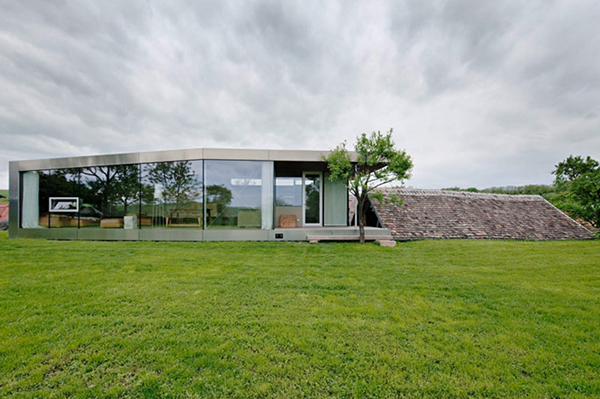 contemporary country house austrian architects 2 Contemporary Country House by Austrian Architects