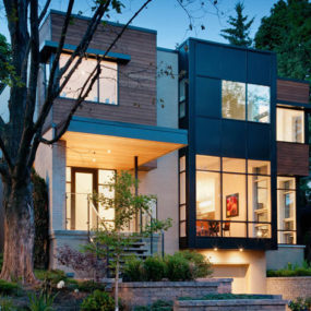 Urban Townhouse Design – Modern Contemporary Townhouse Stands Out