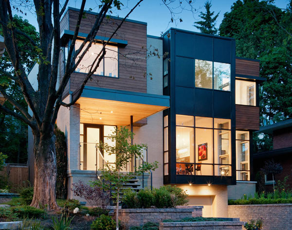 Contemporary gallery style home in ottawa 39 s urban core for Modern looking homes