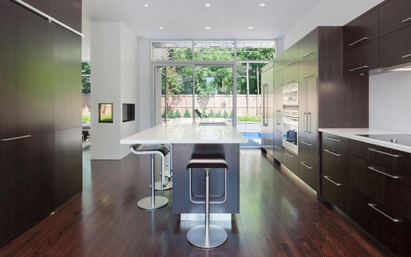 contemporary-gallery-style-home-in-urban-ottawa-3.jpg