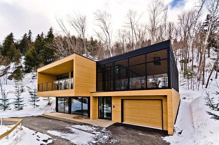 Contemporary mountain condominium chalets for Chalet design contemporain