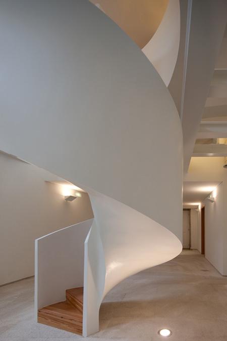 contemporary portuguese architecture spiral staircase 3