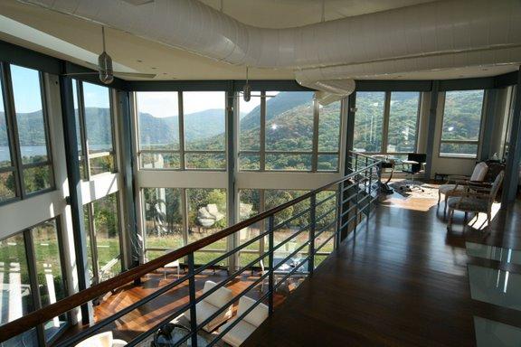 contermporary glass house 4