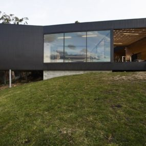 Courtyard House Built For Severe Tasmanian Weather