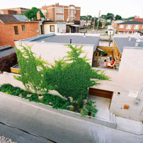 Courtyard Architecture by Innovative Toronto Architecture Firm – awesome!