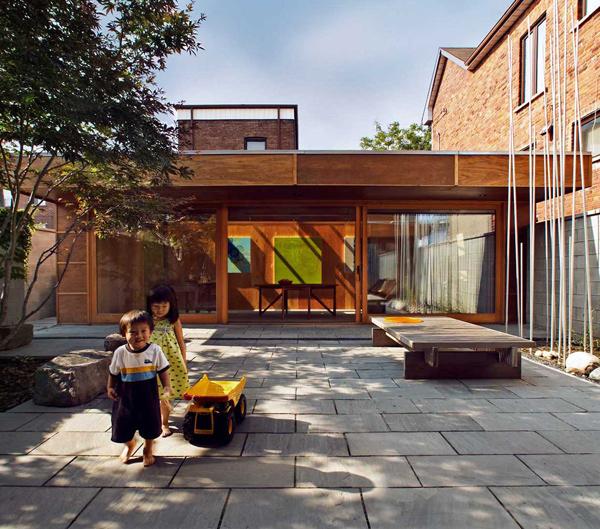 courtyard-house-toronto-4.jpg