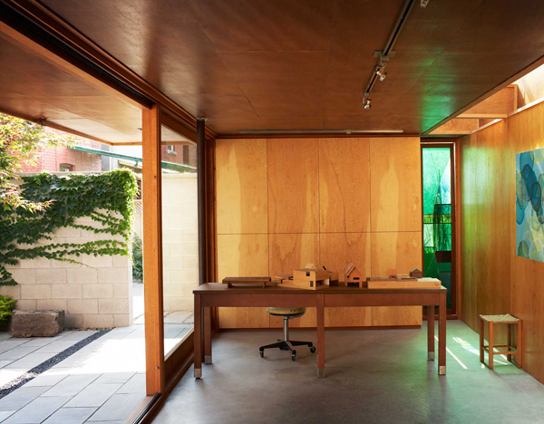 courtyard-house-toronto-5.jpg