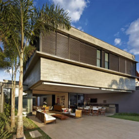 Courtyard Living Architecture in Brazil