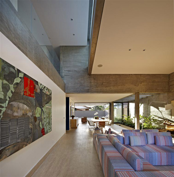 courtyard-living-architecture-brazil-4.jpg