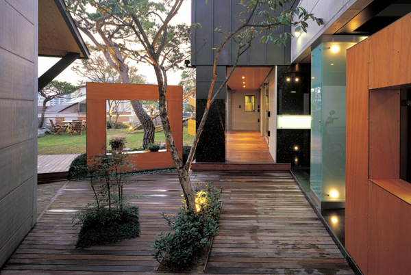 Courtyard Urban Home With Natural Oasis 3 Part 62