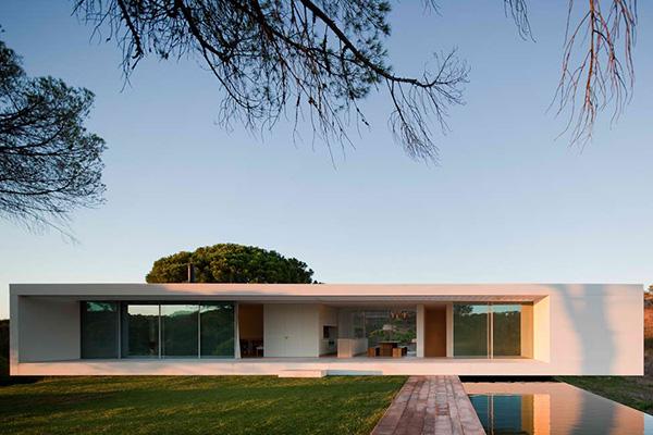 cross shaped house 12