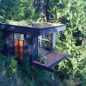 Small House Idea for the inspired – not your usual work cubicle!