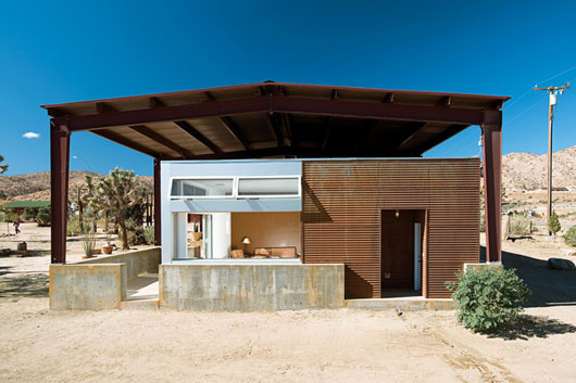 desert home sustainable house design 2 Sustainable Desert House Design   Recycled, Reused and Naturally Cool
