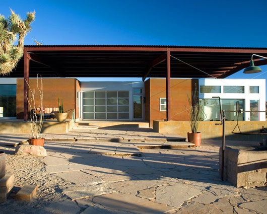 Superb Desert Home Sustainable House Design 3