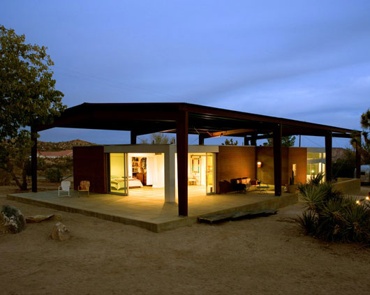 Desert Home Sustainable House Design 5
