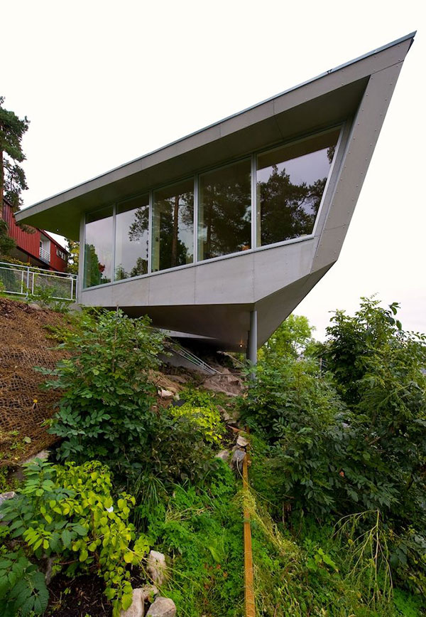 edgy cliff house design norway 21