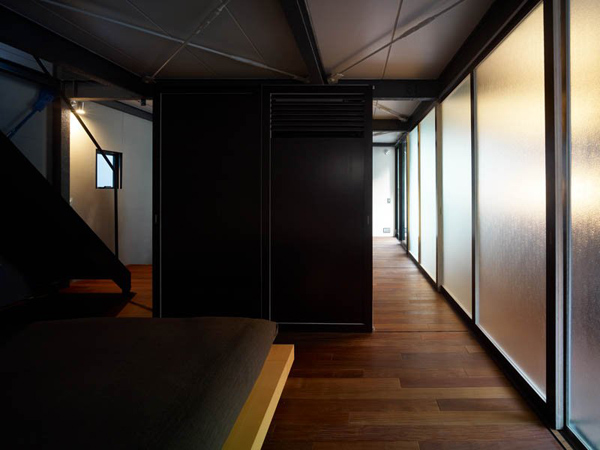 efficient-small-house-tokyo-2.jpg