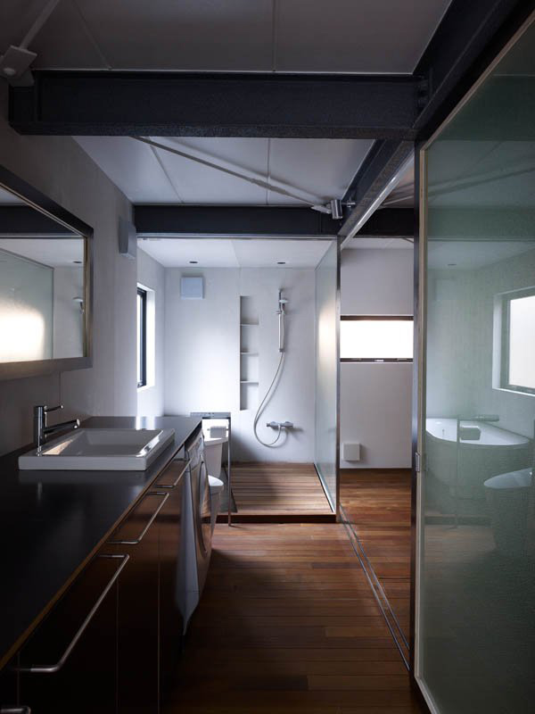 efficient-small-house-tokyo-4.jpg