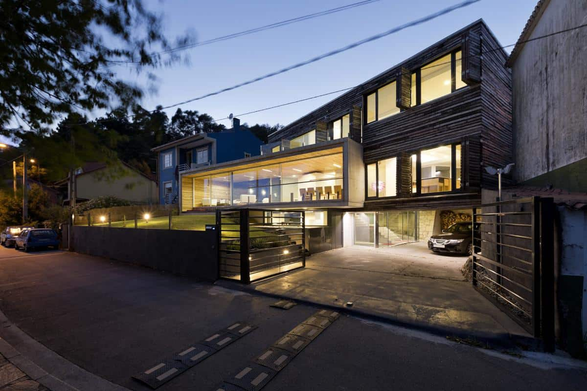Energy Efficient Home with Recycled Wood Exteriors and Interiors