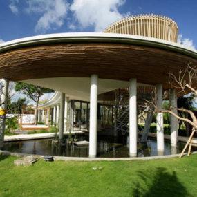 Exotic Home Designs: Tiki-Chic Bali Retreat