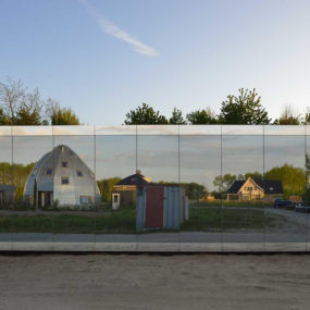 Experimental Mirror House in The Netherlands