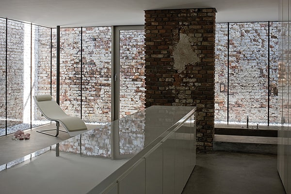 exposed brick house aabe 17