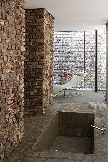 exposed brick house aabe 22