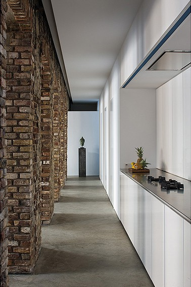 exposed brick house aabe 28