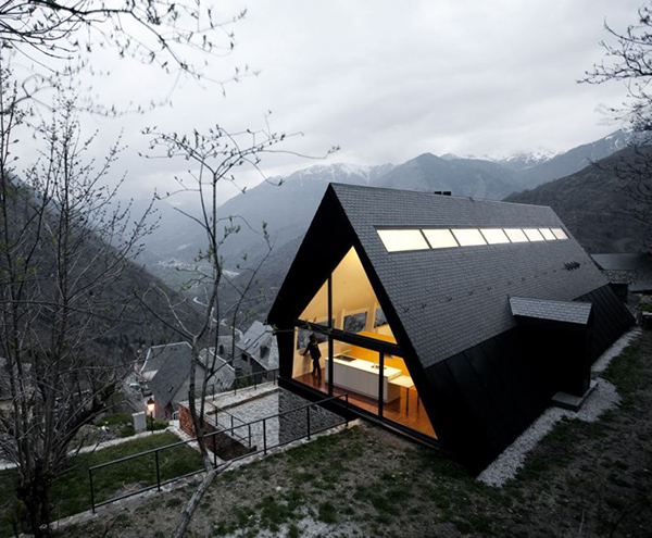 extraordinary house design with extraordinary views of pyrenees 1 Extraordinary House Design with Extraordinary Views of Pyrenees