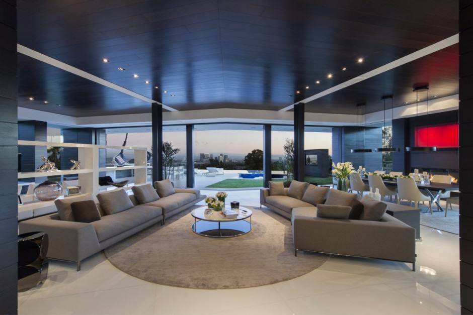 View In Gallery Extravagant Contemporary Beverly Hills Mansion  With Creatively Luxurious