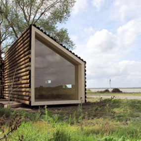 Movable Home by French Architecture Firm – for poets only?