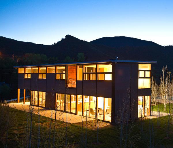 Bkd Luxury Co Home: Flatpak Luxury Prefab House In Aspen, Colorado