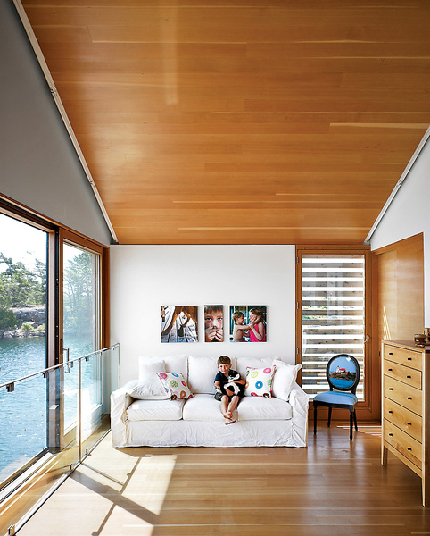 floating-house-integrated-boathouse-dock-8.jpg