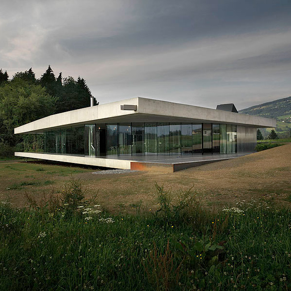 floeckner schnoll house 2 Modern Country House Suitable For Any Landscape