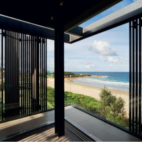 Sydney Beach Side House enclosed in folding screens